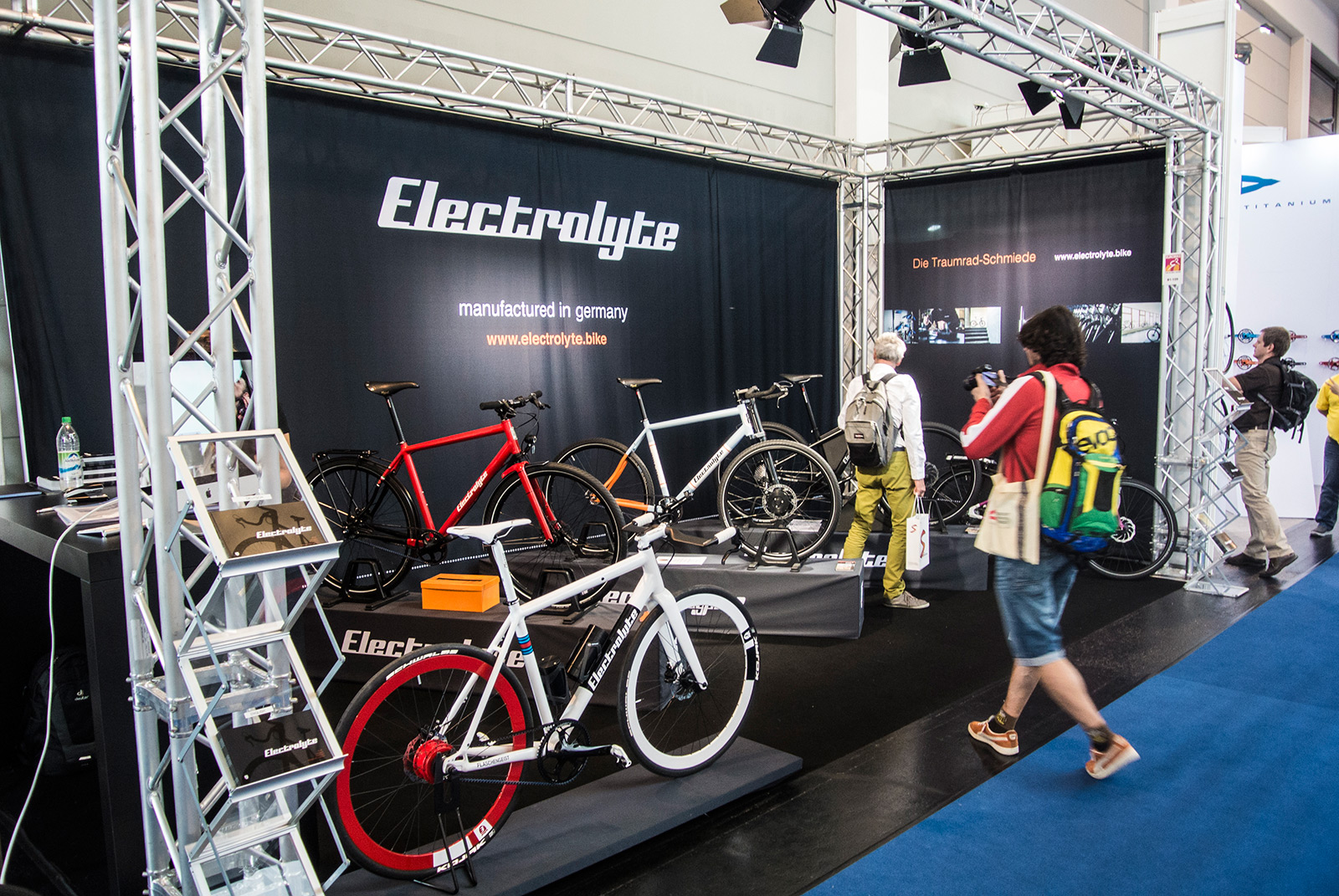 Electzrolyte Messestand