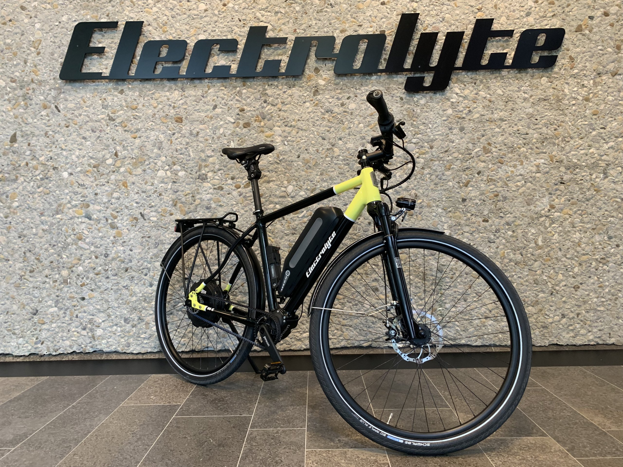 Dauerläufer S6E / schwarz/gelb