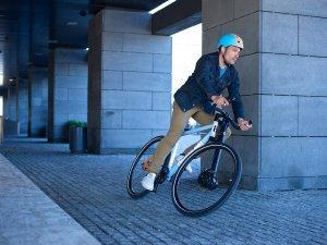 2. Hybrid Bikes